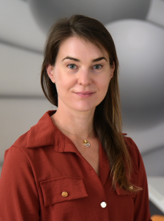 Nina  Žugman